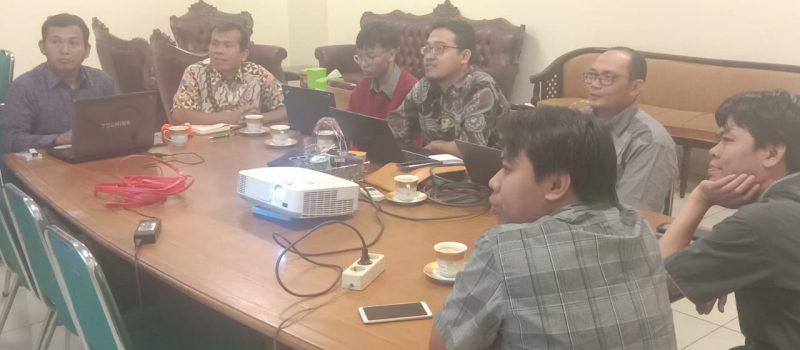 Diskusi Antara PTIPD dan LP2M Tentang Aplikasi dan Rumah Jurnal